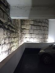 Enceinte de Philippe-Auguste - Paris, VIème arrondissement, enceinte de Philippe-Auguste dans le parking Mazarine, niveau -1
