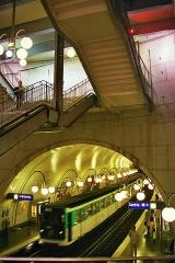 Métropolitain, station Cité -  Paris, Metro Station - Linie 4, Cité
