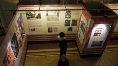 Cinéma Le Louxor - Français:   Exposition Le Louxor-Palais du cinéma (Commissariat Jean-Marcel Humbert)