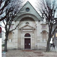 Hôpital Saint-Louis - entrée de la Chapelle_de l'hôpital St-Louis de Paris. Monument historique construite à partir de 1607.