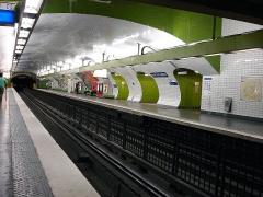 Métropolitain, station Gare du Nord - Français:   La station Gare du Nord de la ligne 4 du métro de Paris, France.