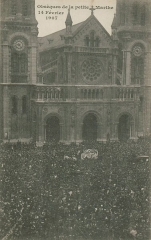 Eglise Saint-Ambroise -  Funeral in 1907 of Marthe Erbelding, a girl of 11,raped, killed and cut into pieces by her murderer. The funeral at Eglise Saint Ambroise in Paris, was followed by a crowd of more thant 50000 people.