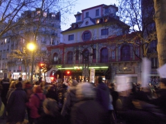 Ancien café-concert Le Bataclan - English: Paris rally in support of the victims of the 2015 Charlie Hebdo shooting, 11 January 2015.