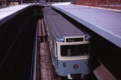 Métropolitain, station Bastille -  Rame sur pneus de la Ligne 1 à la station Bastille.