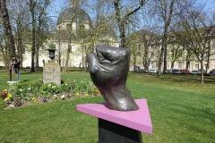 Hôpital de la Salpêtrière -  Statues @ Garden @ Hôpital Pitié-Salpêtrière @ Paris