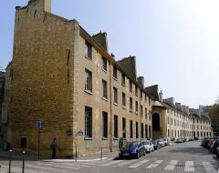 Manufacture nationale des Gobelins - English: Berbier-du-Mets street - Paris