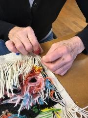 Mobilier National - Français:   Couturière au travail