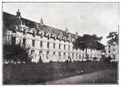 Hôpital Cochin (ancien noviciat des Capucins) -