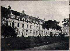 Hôpital Cochin (ancien noviciat des Capucins) -  La Maternité, Paris (From the book of Paul Delaunay, La maternité de Paris, Jules Rousset, Paris 1909)