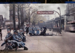 Métropolitain, station Porte-d'Auteuil - English: Public Poster in front of the Musée Albert-Kahn of an autochrome photo of the Metro station Auteuil on the Boulevard Excelmans in Paris, France on May 1 1920. Autochrome by Frédéric Gadmer (1878-1954).