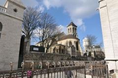 Eglise Saint-Pierre-de-Montmartre -  on my way to place du Tertre