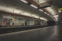 Métropolitain, station Pigalle -  Paris metro
