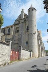 Abbaye Saint-Séverin - Deutsch: Ehemalige Abtei Saint-Séverin in Château-Landon im Département Seine-et-Marne (Region Île-de-France/Frankreich)