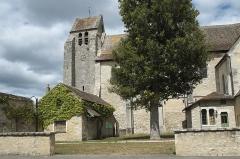 Eglise - Deutsch: Katholische Kirche Notre-Dame et Saint-Laurent in Grez-sur-Loing im Département Seine-et-Marne (Île-de-France/Frankreich)