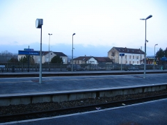 Rotonde SNCF - English: Longueville's train station in the morning.