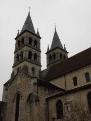 Eglise Notre-Dame - Français:   Flanc nord de la collégiale Notre-Dame de Melun (77).