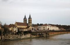 Eglise Notre-Dame - Français:   La Collégiale Notre-Dame de Melun.