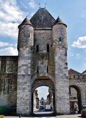 Portes de Paris et de Bourgogne - Deutsch: Semois-Tor, Moret-sur-Loing, Département Seine-et-Marne, Region Île-de-France, Frankreich