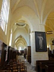 Eglise Saint-Vincent -  Interieur de l'église (voir titre).