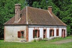 Bâtiments de la machine de Marly (également sur commune de Louveciennes) - English: Marly Machines. Worker's house of the Forges of Dampierre-sur-Blévy.