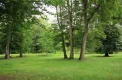 Domaine dit Désert de Retz - English:   The Désert de Retz park in Chambourcy, France