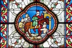 Eglise Saint-Martin - Deutsch: Katholische Pfarrkirche Saint-Martin in Jouy-en-Josas im Département Yvelines in der Region Île-de-France (Frankreich), Bleiglasfenster von Paul Nicod (1858), Szenen aus der Legende des hl. Martin: Martin teilt seinen Mantel mit einem Bettler