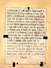 Eglise Saint-Martin -  Plaque commémorative de fondation de messes par Regnault de La Fontaine et sa femme, 1547.