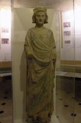 Abbaye - Sous le sceau du roi - Prieuré Saint-Louis de Poissy statut saint louis