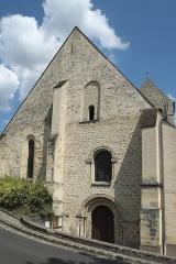 Eglise Saint-Pierre-aux-Liens - Deutsch: Katholische Pfarrkirche Saint-Pierre-aux-Liens (St. Petrus in Ketten) in Vaux-sur-Seine im Département Yvelines (Île-de-France/Frankreich), Westfassade