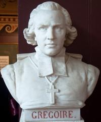 Domaine national : Salle du Jeu de Paume -  Buste de Abbé Grégoire -- Salle du serment du jeu de paume -- Versailles