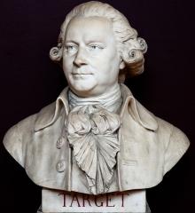 Domaine national : Salle du Jeu de Paume -  Buste de Guy-Jean-Baptiste Target -- Salle du serment du jeu de paume -- Versailles