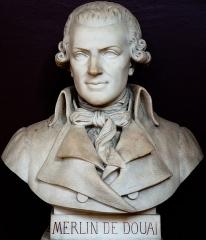 Domaine national : Salle du Jeu de Paume -  Buste de Philippe Antoine Merlin-dit Merlin de Douai -- Salle du serment du jeu de paume -- Versailles