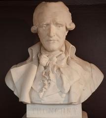 Domaine national : Salle du Jeu de Paume -  Buste de François Denis Tronchet -- Salle du serment du jeu de paume -- Versailles