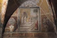 Eglise Notre-Dame-de-l'Assomption - Deutsch: Katholische Pfarrkirche Notre-Dame-de-l'Assomption (Mariä Himmelfahrt) in Boigneville im Département Essonne (Île-de-France/Frankreich), Fresken aus dem 17. Jahrhundert in der Krypta