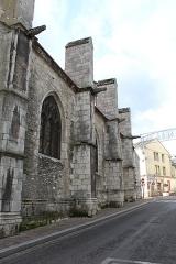 Eglise Saint-Basile - Français:   Église Saint-Basile d\'Étampes.