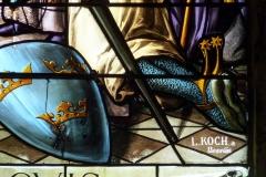 Eglise Saint-Etienne - Deutsch: Bleiglasfenster in der Kirche Saint-Étienne in Étréchy im Département Essonne (Île-de-France), Ausschnitt mit Signatur: L. KOCH a Beauvaus