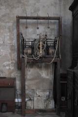 Eglise Notre-Dame - Deutsch:   Katholische Pfarrkirche Notre-Dame-de-l\'Assomption in La Ferté-Alais im Département Essonne (Île-de-France/Frankreich), Uhrwerk