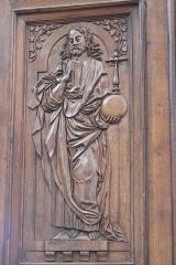 Eglise Notre-Dame - Deutsch:   Katholische Pfarrkirche Notre-Dame de l'Assomption in La Ferté-Alais im Département Essonne (Île-de-France/Frankreich), Innentür mit den Reliefs Jesu und der zwölf Apostel, aus dem 16. Jahrhundert, Darstellung: Jesus