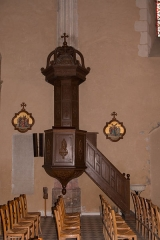 Eglise - English:  Church Our Lady of the Assumption's chair