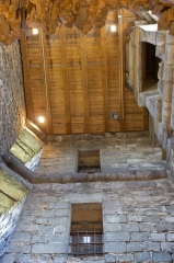 Ancien château -  Intérieur de la tour du château de Montlhéry, au lendemain de sa réouverture au public le 15/09/2012 lors des \