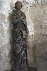 Eglise - Deutsch: Katholische Pfarrkirche Saint-Germain in Saclas im Département Essonne (Île-de-France/Frankreich), Apostel Johannes, Schnitzfigur aus dem 16. Jahrhundert