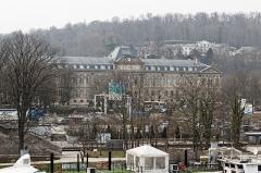 Domaine national de Saint-Cloud : ancienne école nationale de céramique - Français:   Musée national de Céramique, vu depuis le pont de Sèvres.