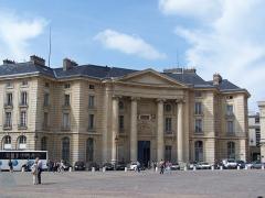 Faculté de Droit de Paris - English: La faculté de droit de Paris, place du Panthéon