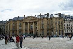 Mairie annexe du cinquième arrondissement -  Mairie du V eme arrondissment de Paris , en face du Panthéon.