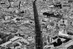 Couvent des Carmes - Deutsch: Blick über die die Rue de Rennes gen Saint-Germain-des-Prés, vom Montparnasse-Turm, Paris, Frankreich.