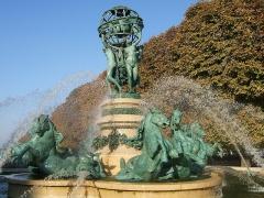 Fontaine de Carpeaux -  Fontaine des Quatre-Parties-du-Monde (Paris, France)