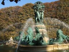 Fontaine de Carpeaux -  Fontaine des Quatre Parties du Monde (Paris, France)