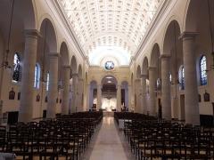 Eglise Saint-Pierre-du-Gros-Caillou - English: Interior of Catholic church of Saint Pierre du Gros Caillou 7th arrondissement of Paris