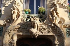 Immeuble -  (Gros-Caillou) Avenue Rapp Building designed for ceramist Alexandre Bigot. Arch. Jules Lavirotte Sculptors Théobald-Joseph Sporrer, Firmin Michelet, Alfred Jean Halou and Jean-Baptiste Larrivé made the sculptures  1900.