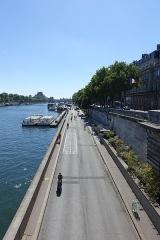 Pont de la Concorde -  Parc Rives de Seine @ Seine @ Pont de la Concorde @ Paris